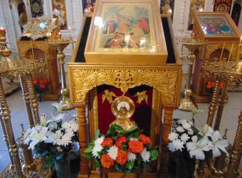 В храм привезен ковчег с частицей мощей преподобного Сергия, игумена Радонежского