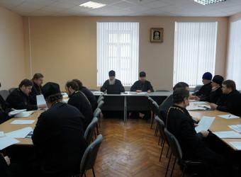 Настоятель храма святых бессребреников Космы и Дамиана принял участие в первом в 2017 году заседании Епархиального совета Калужской епархии