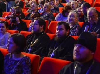 Настоятель храма принял участие в торжественной церемонии открытия XIV Международного кинофестиваля «Встреча»