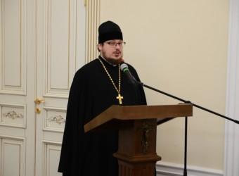 Протоиерей Сергий Третьяков дал интервью корреспонденту газеты «Аргументы и факты»