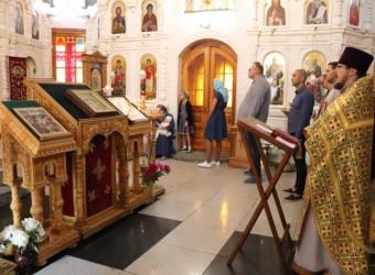 Неделя 2-я по Пятидесятнице, Всех святых, в земле Русской просиявших. Калужской иконы Божией Матери.