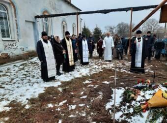 Настоятель храма совершил Божественную литургию на малой Родине
