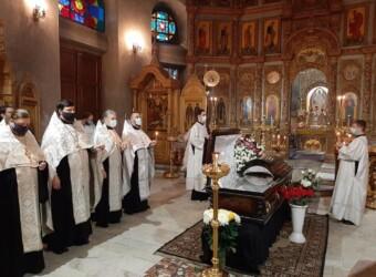 Священнослужители храма приняли участие в служении первой панихиды по новопреставленному архимандриту Донату (Петенкову)