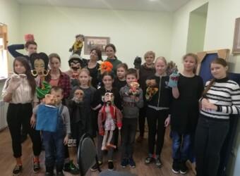 В Воскресной школе храма прошел мастер-класс по организации кукольного театра